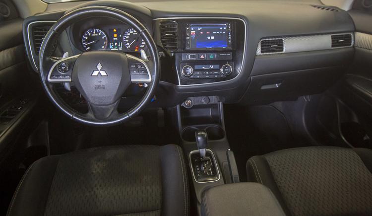 עדכני מכירת רכב מיצובישי אאוטלנדר שנת 2015  שלמה סיקסט RM-33