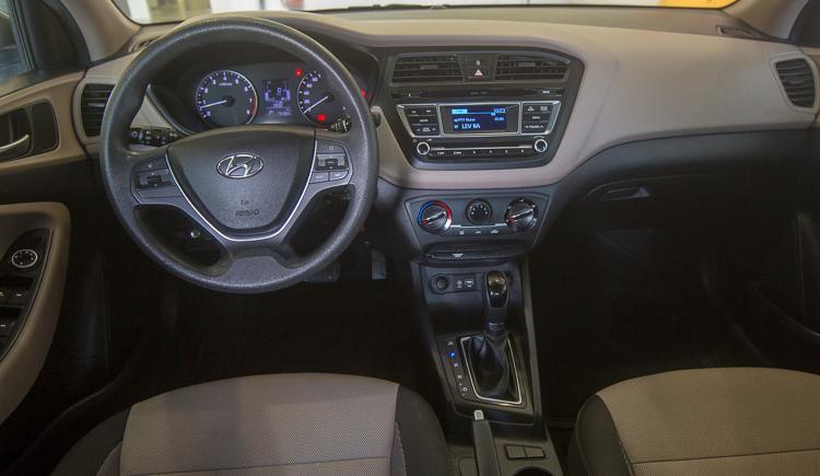 מתקדם מכירת רכב יונדאי I20 חדשה שנת 2013  שלמה סיקסט YC-21
