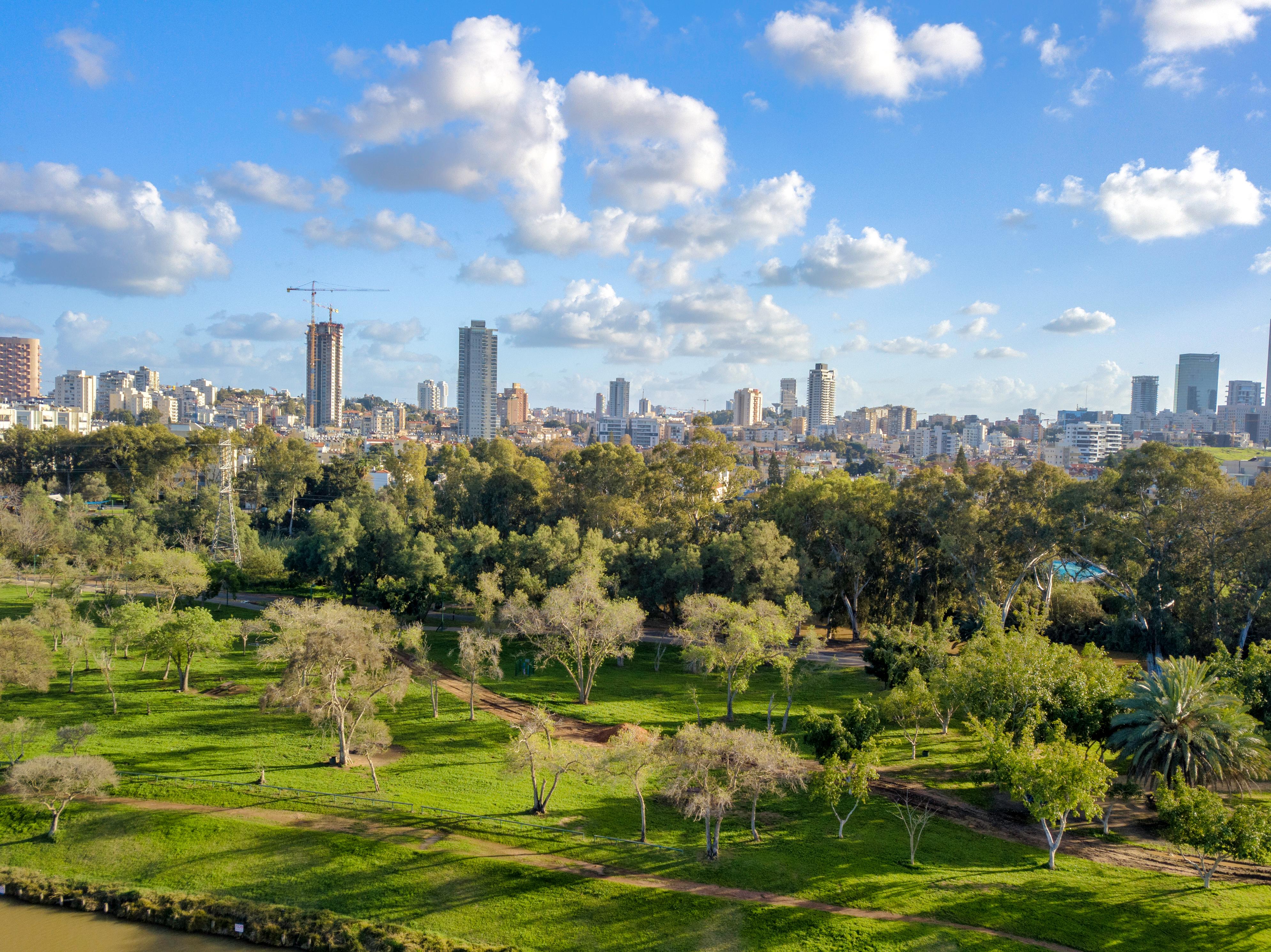 פארקים בישראל - שלמה סיקסט השכרת רכב